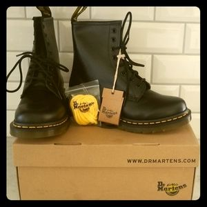 Dr. Marten's Smooth Black 1460 Combat Boots